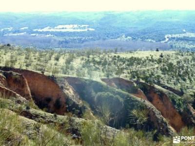Cárcavas Alpedrete de la Sierra y Cerro Negro; viajes senderismo españa navacerrada guadarrama